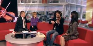 Taro_Hakase_on_BBC_Breakfast_17.03.11_-_YouTubeth_