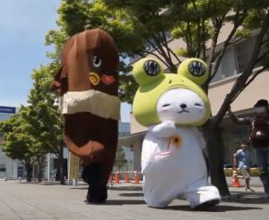 ねば〜る君が行く!_7【ゆるキャラかけっこ対決!】守犬vsねば〜る君_-_YouTube