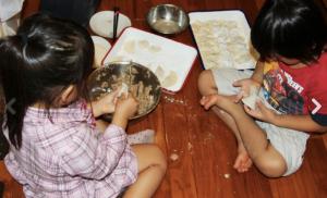 子供達の餃子づくり~の画像___つんく♂オフィシャルブログ_「つんブロ♂芸能コース」_powered_…